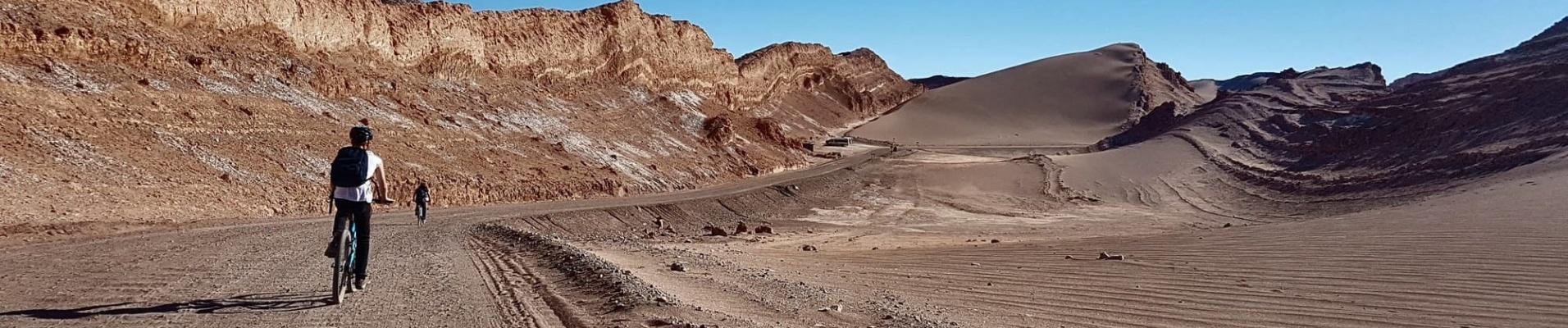 Excursions au Chili : vélo dans le désert d'Atacama, Trek W en Patagonie...