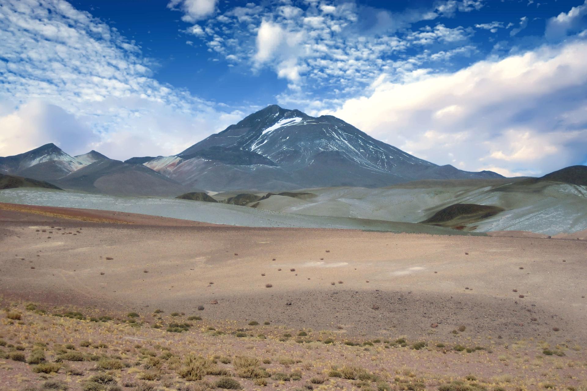 llullaillaco-volcan