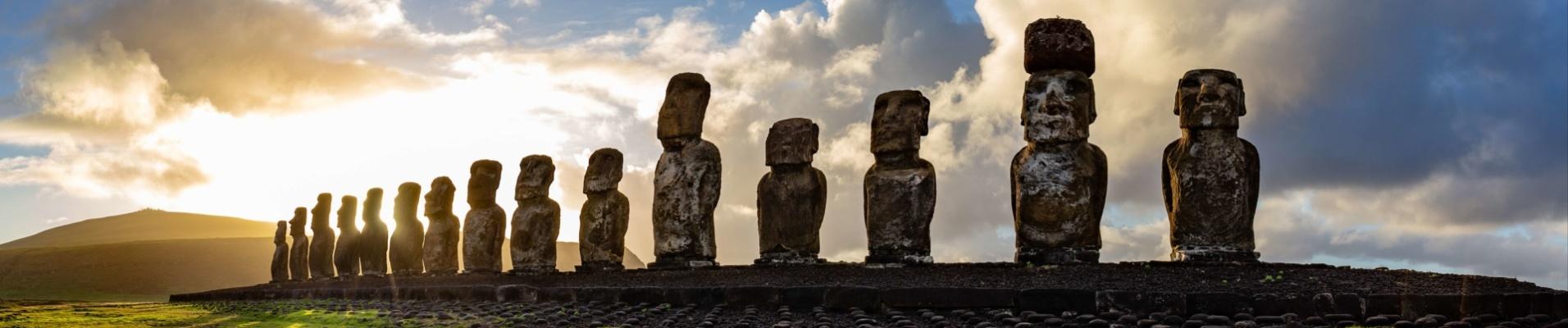 statues-moais-paques