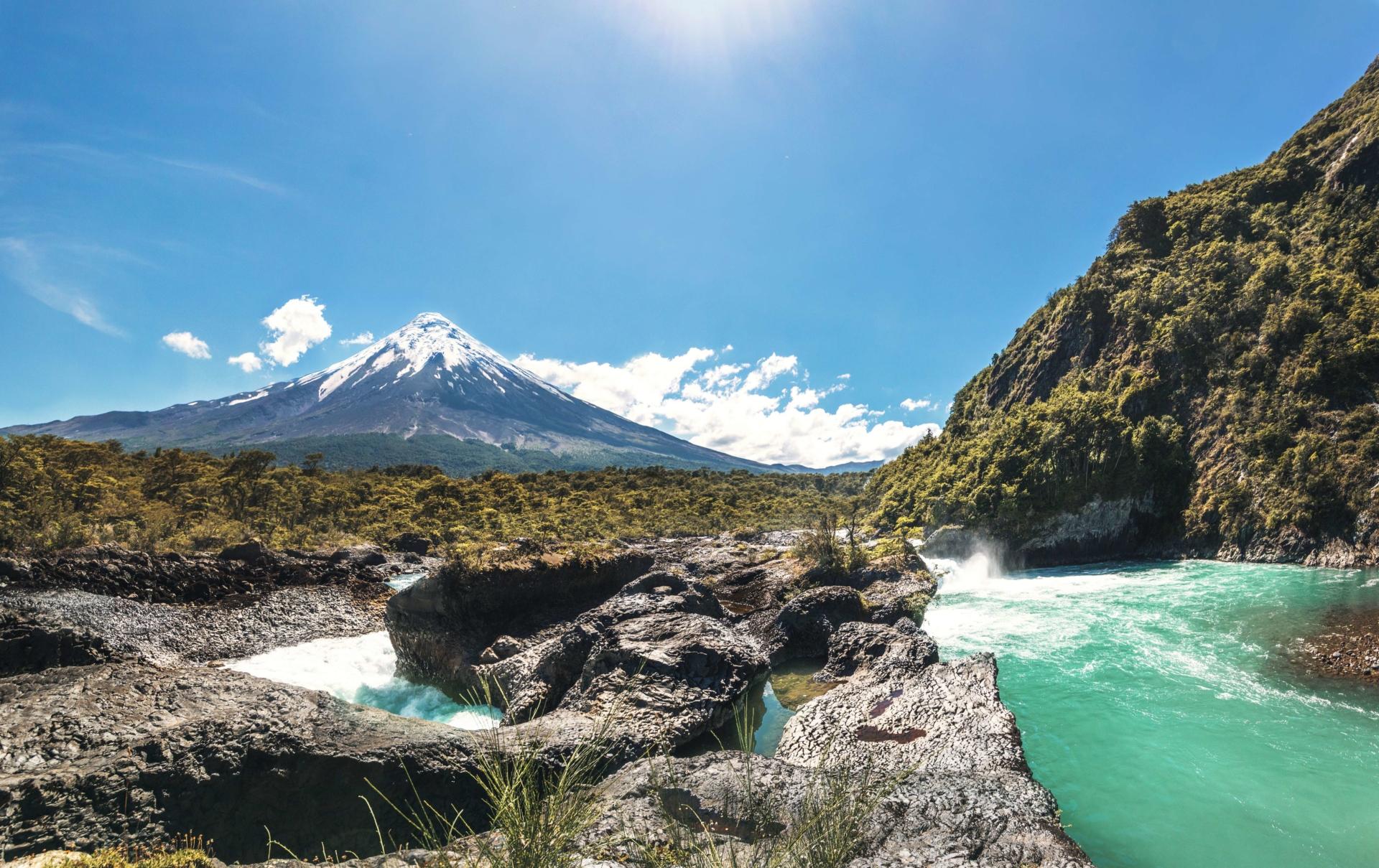 volcan-osorno-los-lagos-chili